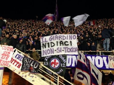 Fiorentina football fans for Nidiaci