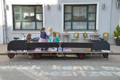 FGM/ First contact of the parking space transformers with locals (Graz)