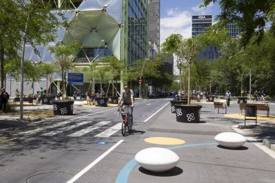 3.Poblenou Superblock_Sustainable Mobility-min